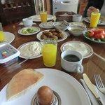 Daily Breakfast 190998852 190999531
