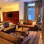 lounge/ bar