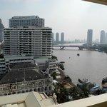 Zimmeraussicht auf Fluss