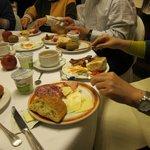 アストリア パレス ホテル・・・朝食のテーブル
