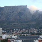 la montagna della Tavola dalla finestra dell'Hotel