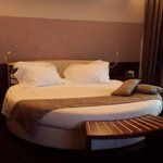 Round suite