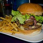 Le Monster Burger.
