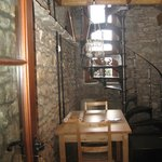 'Arian' - one-bedroom cottage dining ares