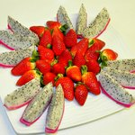 Dragon Fruit with Strawberry