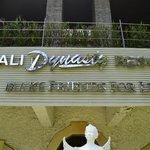 Bali Dynsaty Family Resort