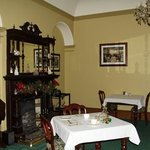 Dining room at ormiston house