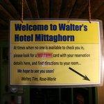 """Die """"Rezeption"""" im Hotel Mittaghorn in Gimmelwald"""