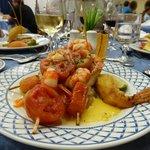 """Plat de poisson au restaurant """"Coral"""""""