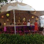 Outdoor/Beachfront Bar
