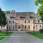 Le Chateau du Broutel, Rue.