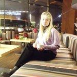 В отеле есть кафе Оливия