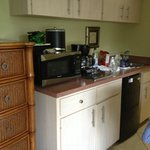 Very clean Mini kitchen perfect for breakfasts