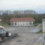 Вид на отель из музея