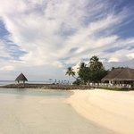 A warm welcoming view with our new pool  at reefclub restaurent. Fourseasons resorts maldives at