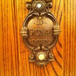 Botão original do elevador