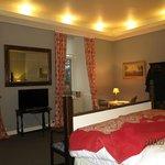 Lonsdale bedroom