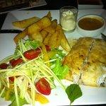 Piatto a base di pesce con maionese, patate, insalata!