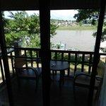 Room 113 River View & Balcony