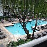 camera con vista piscina