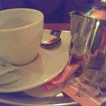 """Ein """"Kännchen"""" Tee für 3,60€. Entspricht einer normal großen Tasse Tee."""