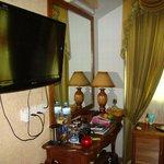 Loona Hotel_room