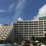 frente hotel vista da praia