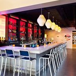 W XYZ(SM) bar