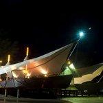 restaurant bentuk kapal