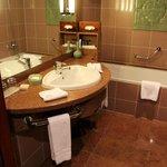 Cuarto de baño de la habitación estándard