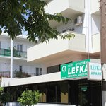 Photo de Lefka Hotel & Apartments