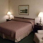 The Inn at Houndslake King Room