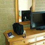 minimalist furnishings