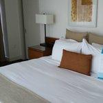 Room 2901 - one bedroom suite