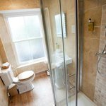 Classic room with en suite shower room and PART sea view