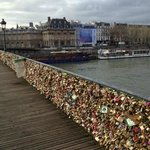 Lock bridge over the Seine