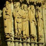 Cathedrale de Chartres: Francia: statue esterne
