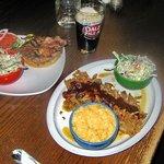 Classic burger & pulled pork platter