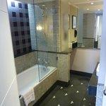 Vue générale salle de bain