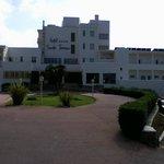 Hotel Santo Tomas Vorderansicht rechts