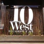 תמונה של 10 West Restaurant and Bar