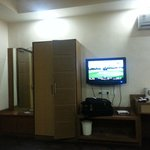 suit room 4oinch lcd