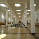 館内中央、両翼にそれぞれドイツとその他ヨーロッパの絵画が展示