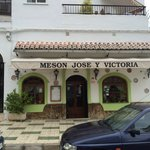Meson Jose y Victoria - exterior