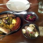 Sausage taster plate with a quinoa salad - delicious!