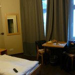 Zimmer 208