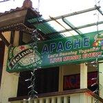 Photo de apache reggae bar