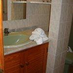 old looking bathroom