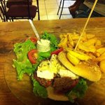 Hamburger maison au camembert
