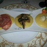 polenta con salumi,funghi e gorgonzola